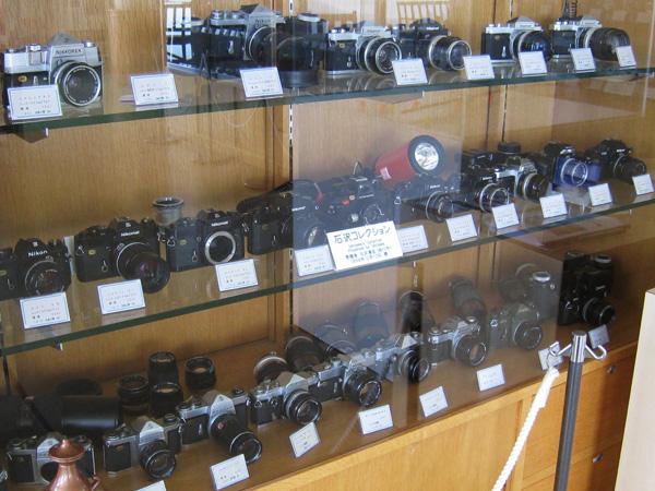 道の駅 道草館にならぶカメラ2
